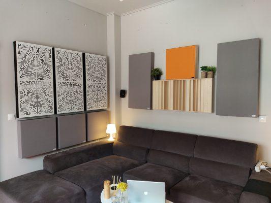 panele akustyczne w pokoju odsłuchowym